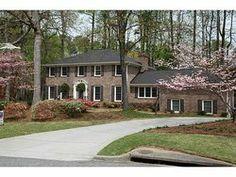 1830 Leiden Court, Dunwoody, GA 30338 (MLS # 5275621) - Atlanta Homes for Sale
