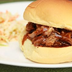 Perfect slow cooker pulled pork @ http://allrecipes.co.uk