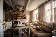 This abandoned living room is so intense! Photo Credit: Haus des Veteranen by FFUrbex Fotografie. From https://www.flickr.com/photos/125693032@N08/16199878506/