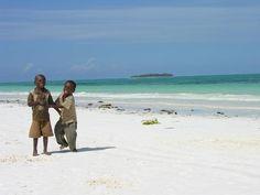 www.delunademiel.es Porque cuanto mas viajas mas cuenta te das que la felicidad no la dan las posesiones o el dinero.... Sino las ganas de vivir.