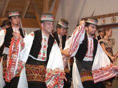 Young matyó men in hungarian folk costume - Mezőkövesd - Hungary Embroidery Map, Hungarian Embroidery, Modern Embroidery, Embroidery Patterns, Traditional Fashion, Traditional Art, Traditional Outfits, Hungarian Dance, Folk Clothing