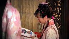 Легенда о Дай Юй / Dai Yu Zhuan [2009]. Embroidery in the film.