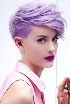 Tendências de Cabelo para 2018 in Colourful Girl Pixie Cut *Clique para ver todas as tendências de cabelo para 2018*