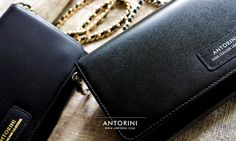 The ANTORINI luxury brand passes its distinctive elegance not only into luxury ties and scarves, but into leather products as well. The proof is the new line of ANTORINI luxury ladies' wallets, which is the perfect aesthetic link between current trends and clearly distinguishable elements of iconic collections. The luxury must-have wallets, made with love and precision, boast – among other things – a removable gold chain with leather weaving and generous space inside.