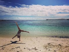 #australia #perth #rottnestisland #beach #handstand #acrobat by colalove12 http://ift.tt/1L5GqLp