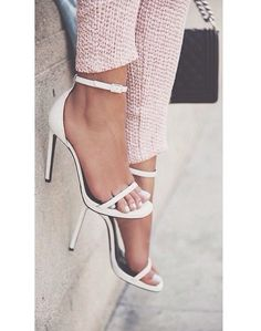 Find More at => http://feedproxy.google.com/~r/amazingoutfits/~3/r03pzzutDwA/AmazingOutfits.page