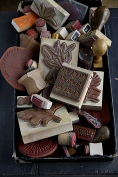 Tina Brok Hansen Photography: Scraps by Christine Clemmensen for Isabellas Magazine. Pottery Supplies, Stamp Carving, Handmade Stamps, Stamp Printing, Vintage Office, Branding, Tampons, Art Classroom, Bookbinding