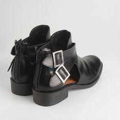 sapatos - Via Mia