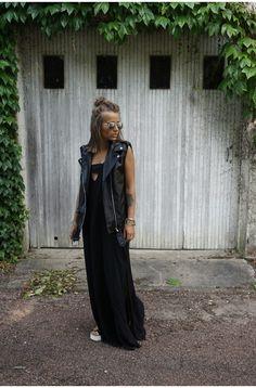 Camille / 3 juin 2015La  parfaite robe noireLa  parfaite robe noire | NOHOLITA