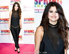 Our favorite fashionista, Selena Gomez looked chic and stylish on the red carpet at the premiere of Spring Breakers in Rome, Italy yesterday wearing a Thomas Wylde Jumpsuit. She complimented her look with Casadei heels and jewelry by Melinda Maria.  What do you think of her look?