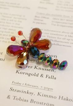 RUBY RED SPARKLING CRYSTAL GLASS DRAGONFLY BROOCH