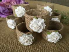 Servilleta de arpillera anillos / flores por AlteredRusticDesigns