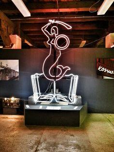Cameneon Muzeum Neonu
