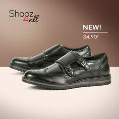 Δυναμικό στυλ με ανδρικά παπούτσια oxford σε μαύρο χρώμα. Με διπλό τοκά για κούμπωμα, θα προσθέσουν ιταλική φινέτσα στο ντύσιμο σας από το πρωί ως το βράδυ. http://www.shooz4all.com/el/andrika-papoutsia/oxfords-andrika/oxfords-andrika-me-diplo-toka-mf256-detail #shooz4all #andrika #oxfords