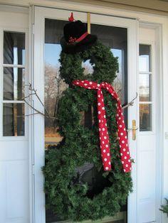 Wreath Snowman for the door. Looove love love!