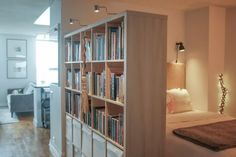 36 The best furnishing ideas for studio apartments # kitchengarden . 36 The best furnishing ideas for studio apartments # kitchengarden … , # Studio Apartments, Studio Apartment Layout, Apartment Design, Small Apartments, Apartment Interior, Apartment Ideas, Apartment Checklist, Bedroom Nook, One Bedroom Apartment