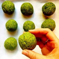 Healthy and super easy falafels   1 can chickpeas 1 cup pistachios 1 cup parsley 1/2 cup basil 1 tblsp coconut oil Pop all the ingredients...