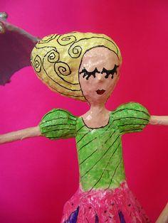 Detalhe boneca | por * Cláudia Helena * brincadeira de papel *