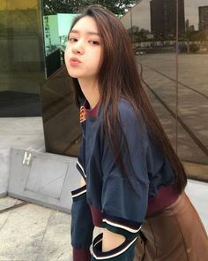 Korean Beauty Girls, Pretty Korean Girls, Korean Girl Fashion, Cute Korean Girl, Cute Asian Girls, Cute Girls, Beautiful Chinese Girl, Beautiful Girl Image, Teen Girl Photography