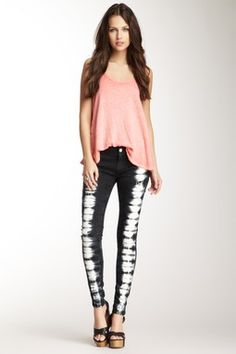 Too Cuttteee!!!!! Bout too go gett this outfit NOW!!!!