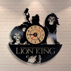 Lion king art vinyl wall record clock by Vinylastico on Etsy