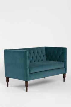 Plum & Bow Tufted Settee - Urban Outfitters
