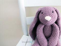 Mesmerizing Crochet an Amigurumi Rabbit Ideas. Lovely Crochet an Amigurumi Rabbit Ideas. Crochet Bunny Pattern, Love Crochet, Crochet For Kids, Crochet Baby, Knit Crochet, Crochet Patterns, Easter Crochet, Crochet Crafts, Crochet Dolls