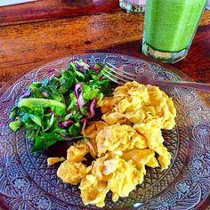 scrambled eggs, green salad + green smoothie