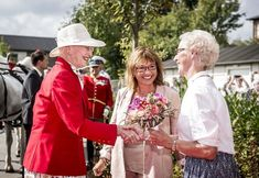 Her Majesty Queen Margrethe of Denmark recently set sail for the municipality of Svendborg in order to celebrate Summer Day. Getting Married In Denmark, Summer Days, Queen, Couple Photos, Celebrities, Pictures, Set Sail, Google Translate, Industrial Lighting