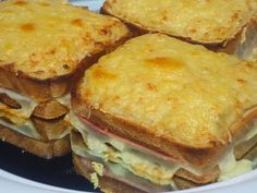 Sandwich Croque-monsieur Ana Sevilla con Thermomix Real Food Recipes, Dessert Recipes, Cooking Recipes, Ham Recipes, Sandwiches, Tapas, My Favorite Food, Favorite Recipes, Good Food
