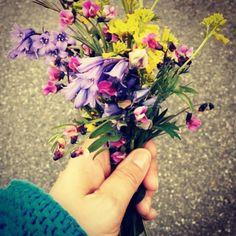 Blomster fra dadda og lillebror til mammaen ❤️
