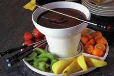 Fondue de Chocolate Te enseñamos a cocinar recetas fáciles cómo la receta de Fondue de Chocolate y muchas otras recetas de cocina..