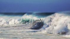 @High waves on the beach of RIU Touareg on Boa Vista