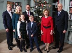 kongehuset.no:  Norwegian Royal Christmas Photos, December 14, 2015-Marius Høiby, Crown Princess Mette-Marit, Crown Prince Haakon, Princess Ingrid Alexandra, Prince Sverre Magnus, Queen Sonja, King Harald