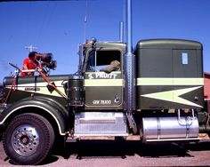 Movin ON with Claude Akins and Frank Converse Peterbilt Trucks, Chevy Trucks, Tow Truck, Cool Trucks, Big Trucks, Movin On, Truck Decals, Custom Decals, Vintage Trucks