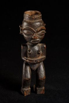 Mortier anthropomorphic tobacco - Chokwe - Angola