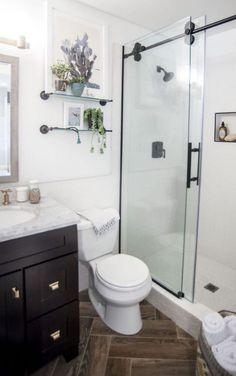 40 Impressive Little Bathroom Decoration Ideas | Decoration Goals