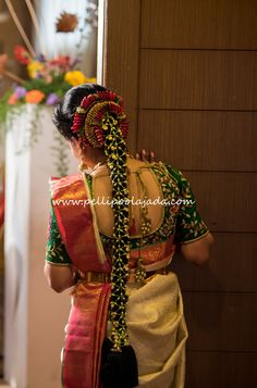 """20 Best and Beautiful Indian Bridal Hairstyles for Engagement & Wedding Best Bridal Hairstyles for Wedding & Engagement """"Indian Bride"""" A Beautiful girl with a Colorful Saree Draped in, Her hands and feet a… South Indian Wedding Hairstyles, Bridal Hairstyle Indian Wedding, Indian Bridal Outfits, Indian Hairstyles, Bridal Braids, Bridal Hairdo, Saree Hairstyles, Bride Hairstyles, Bridal Hairstyle For Reception"""