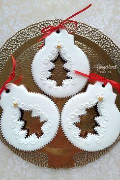 Christmas Biscuits, Christmas Sugar Cookies, Christmas Desserts, Christmas Treats, Christmas Baking, Gingerbread Cookies, Christmas Ornaments, Royal Icing Cookies, Cupcake Cookies
