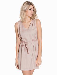 Fanie Dress