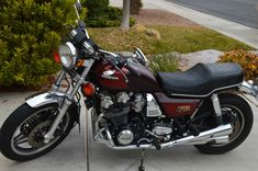 Honda Bikes, Honda Motorcycles, Cars And Motorcycles, Honda Cb Series, Cb750, Cafe Style, Touring Bike, Classic Bikes, Sport Bikes
