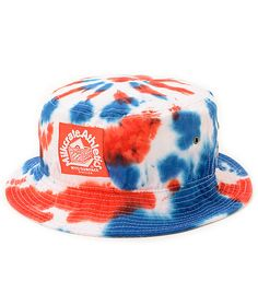 Show your true patriotic style with a red, white, and blue tie dye design and a Milkcrate Athletics logo patch.