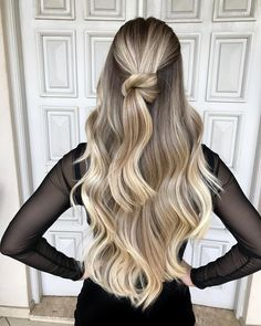 Brown To Blonde Hair Color Ideas - Cool Maple Balayage Blonde Hair Goals, Brown Blonde Hair, Dark To Blonde, Hair Trends 2018, Chic Hairstyles, Elegant Hairstyles, Formal Hairstyles, Wedding Hairstyles, Ombré Hair