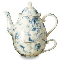 Stack-able Tea Pot for One with Lid and Cup. Porcelain. Microwave and Dishwasher Safe