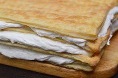 Mille-feuille (prajitura Napoleon) - CAIETUL CU RETETE Napoleon, Deserts, Ice Cream, Bread, Ethnic Recipes, Food, Pastries, Sweets, No Churn Ice Cream