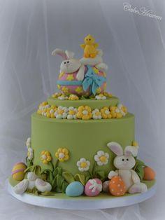 Bunnies really love Easter eggs - Cake by Marlene - CakeHeaven