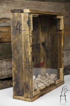 Wine corks Collector Vintage Box Wine Glass Design by PriosTeam