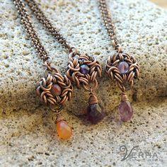 joyería de cobre / chainmaille colgante / pequeña por Verha en Etsy