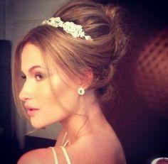 Coque para noivas princesas.  Muito lindo e delicado!!! Amo!!!