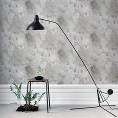 The wallpaper Rost Beige/Grå - from Sandberg is wallpaper with the dimensions m x m. The wallpaper Rost Beige/Grå - belongs to the popul Wallpaper Bedroom, Wallpaper, Lamp, Wallpaper Size, Desk Lamp, Light, Pattern Wallpaper, Modern Room, Mural Wallpaper